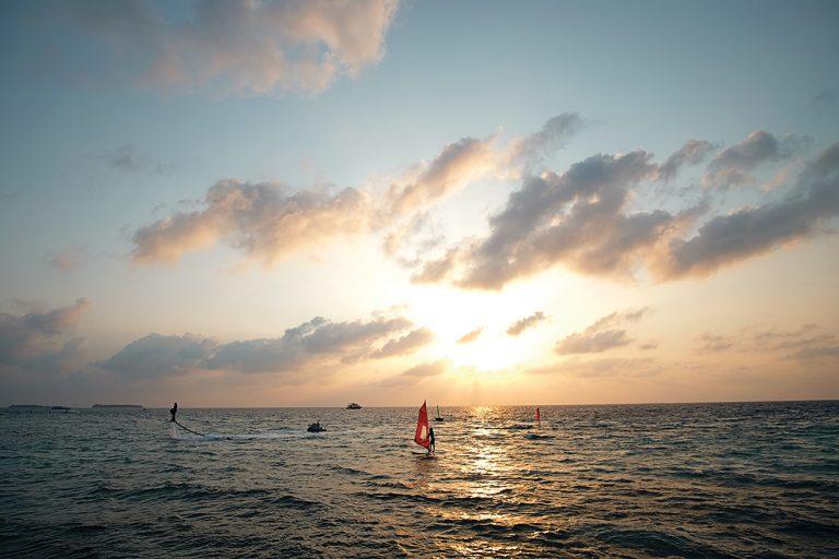Maldives đôi khi không lộng lẫy! - Ảnh 6