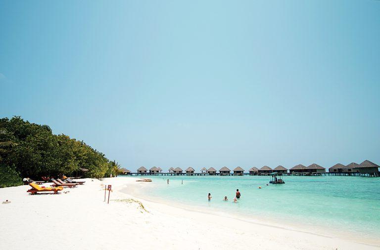 Maldives đôi khi không lộng lẫy! - Ảnh 3