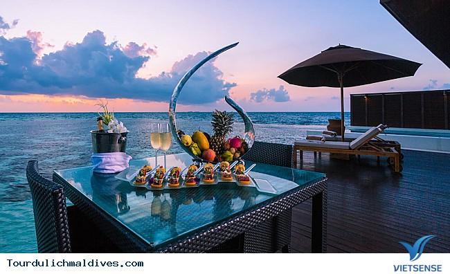 Kỳ nghỉ đáng nhớ cho các cặp đôi tại Maldives - Ảnh 1