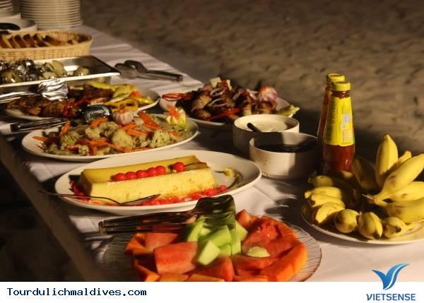 Thưởng thức những món ăn đặc sắc nhất tại thiên đường biển Maldives - Ảnh 1