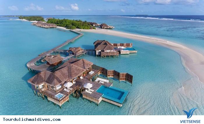 Khám phá khu resort ở Maldives xa hoa nằm giữa lòng Ấn Độ Dương - Ảnh 2