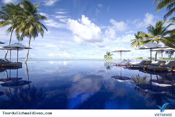Khám phá khu resort ở Maldives xa hoa nằm giữa lòng Ấn Độ Dương - Ảnh 1