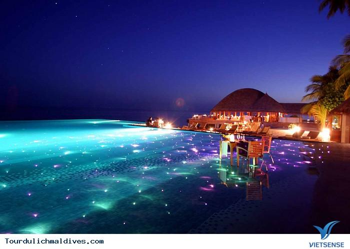 Khám phá Maldives sôi động và huyền ảo về đêm - Ảnh 2