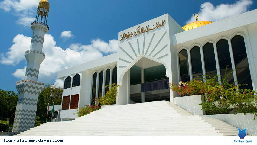 Tour du lịch Maldives tại Grand Friday Mosque