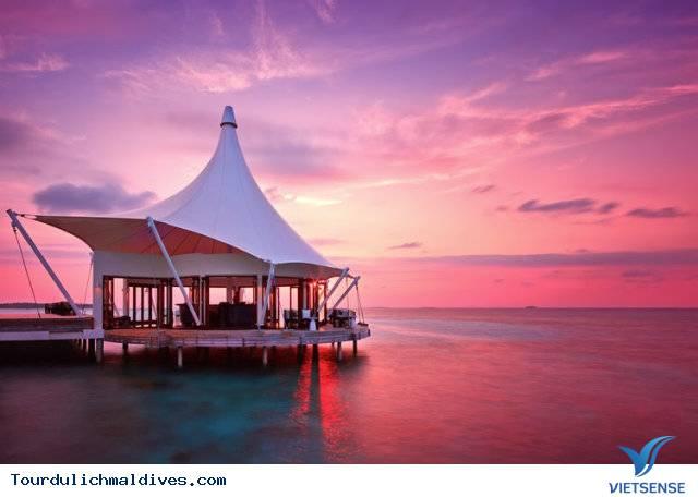 Huvafen Fushi khách sạn đẹp lung linh dưới nước tại Maldives - Ảnh 1
