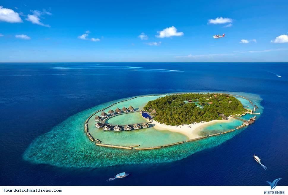 Khám phá những điều thú vị tại vùng biển xanh tuyệt diệu Maldives - Ảnh 1